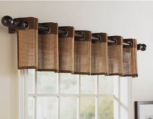 Top 5 Curtain Rods for Formal Living Rooms