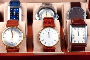 How to Store Men's Wrist Watches